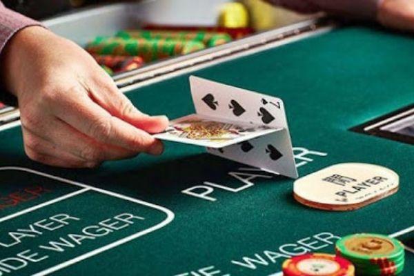 ฝึกเล่นบาคาร่าฟรี รู้จักวิธีการเล่น กฎ กติกาการเล่นบาคาร่า